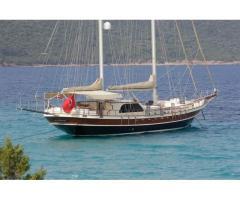 Croisière yacht location privative avec équipage 24m luxe rénové en 2014 pour voyage bleu 18 pax