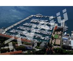 BERTH PORTO LOTTI G18 - 25 mt - La Spezia Gulf, Liguria, Italy